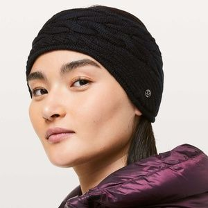 Lululemon Show Me the Sherpa Earwarmer - Black NWT